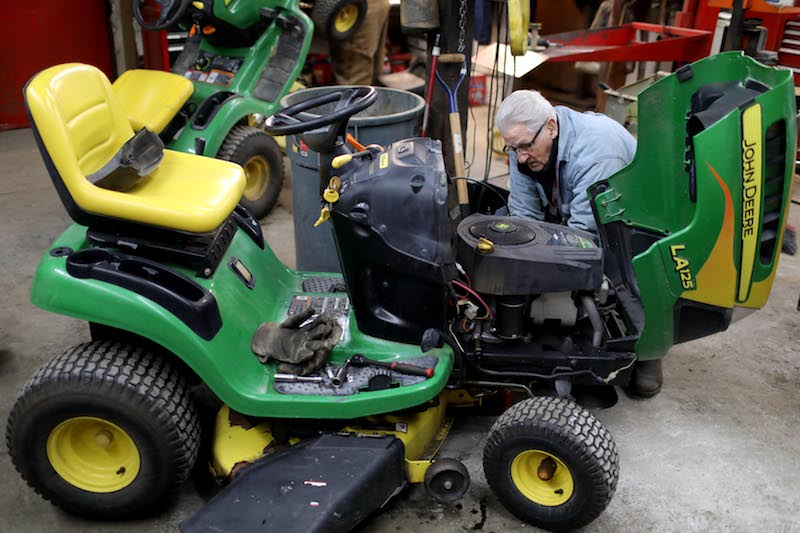 Lawnmower Repair in West Burlington, Iowa